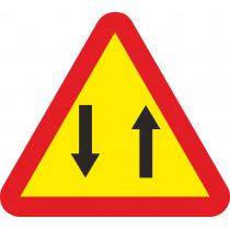 Señal Vial Metálica Circulación En Los Dos Sentidos Lado 700 mm